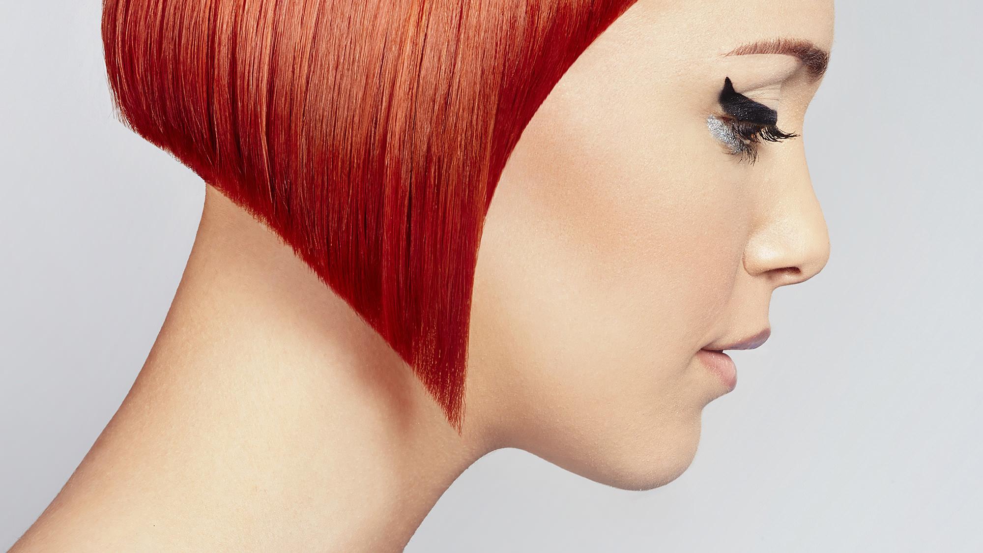 Particolare taglio capelli rossi